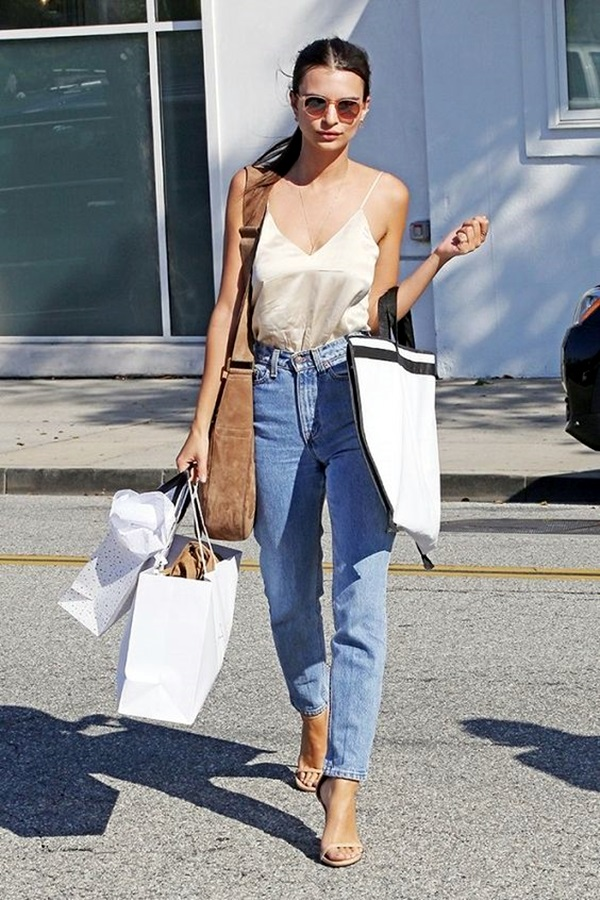 cdbc536f8f 30 Stylish Ideas To Wear Mom Jeans Outfits