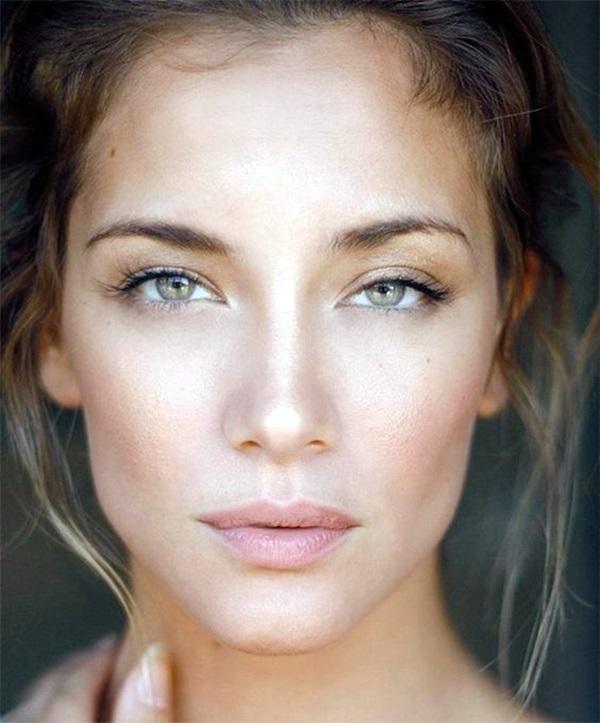 Natural makeup tips for green eyes