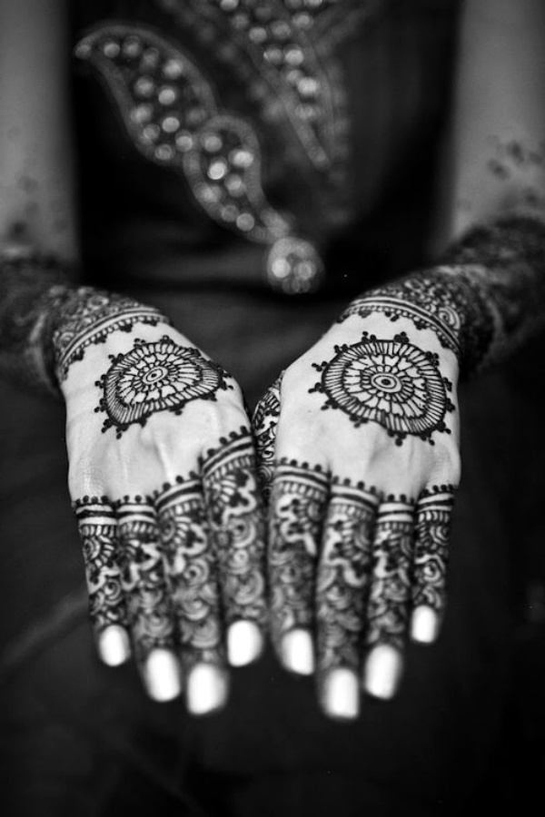 Black Henna Tattoo Tumblr: 40 Beautiful And Simple Henna Designs For Hands