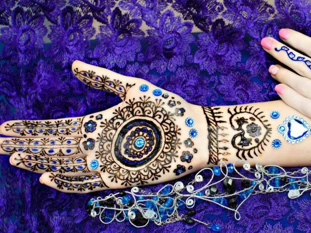 Group Mehndi Hands : Mehndi archives fashion enzyme