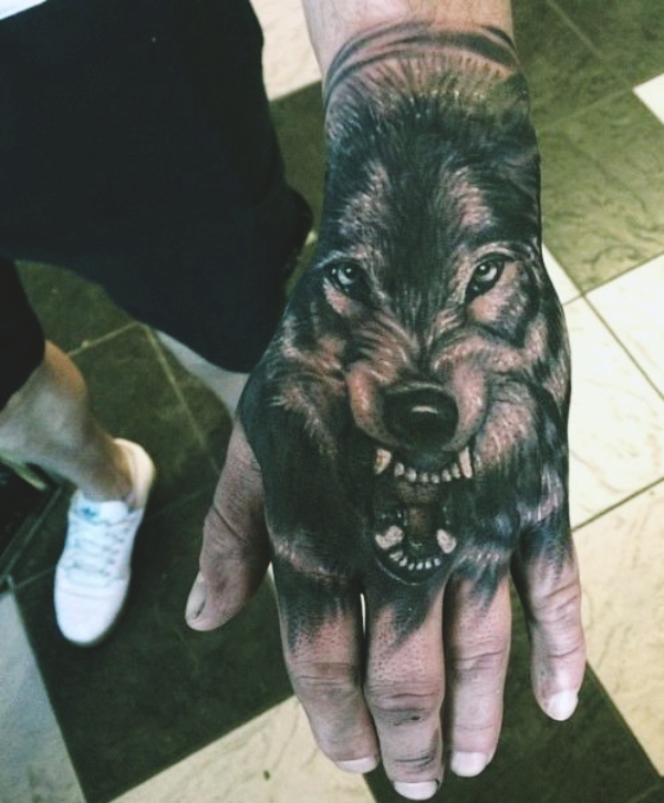 Wolf Tattoo Designs For Men23