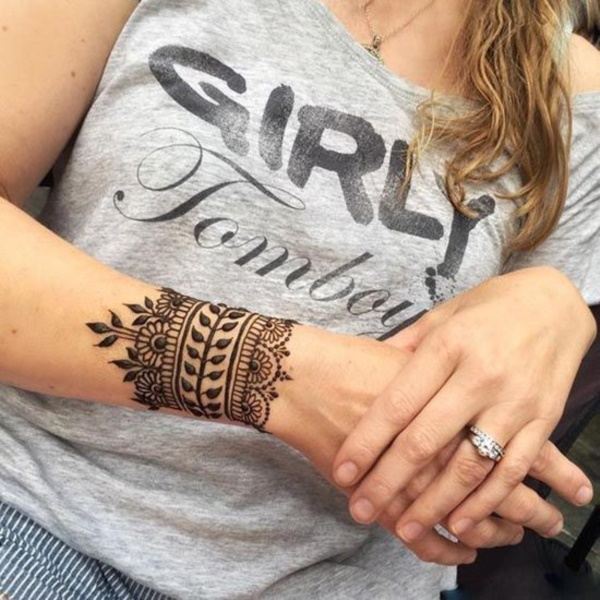 Henna Tattoos For Girls: 42 Beautiful Henna Tattoo Designs For Women To Try