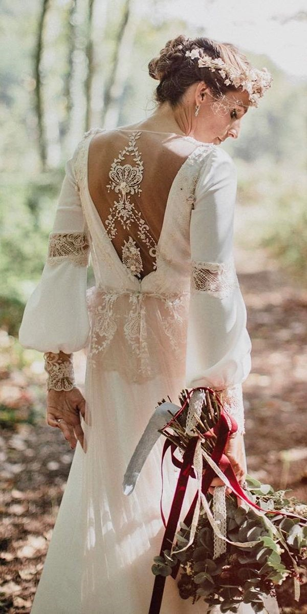 30 Romantic Bohemian Wedding Dresses for your Big Day