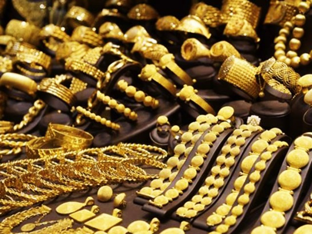 Simple Tests to Check if your Gold Jewelry is Real or Fake