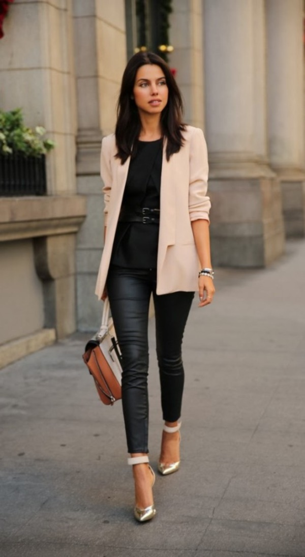 casual-work-outfits-for-women-over-40