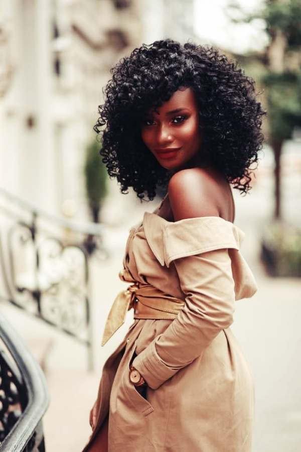 Beautiful-Ebony-Girls-Hairstyles-thatre-Easy