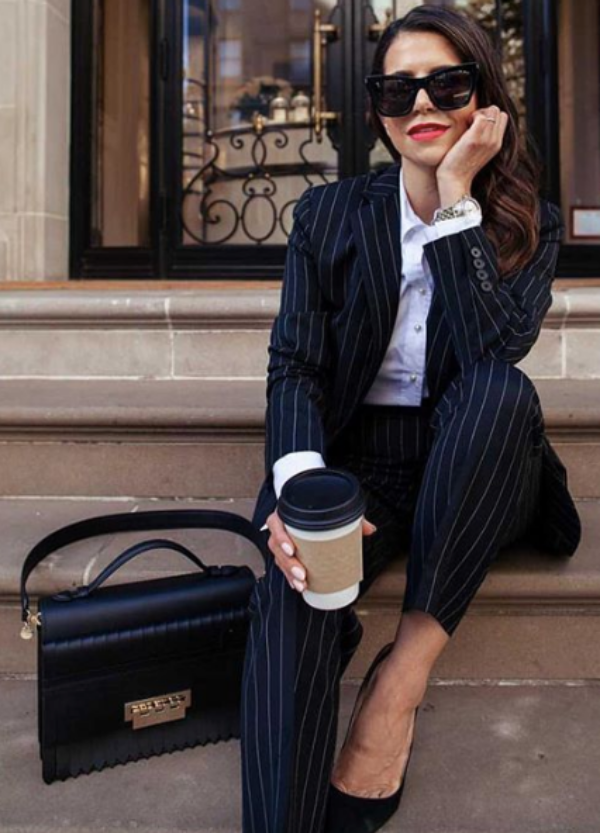 Non-Boring Work Outfits Ideas for Career Women