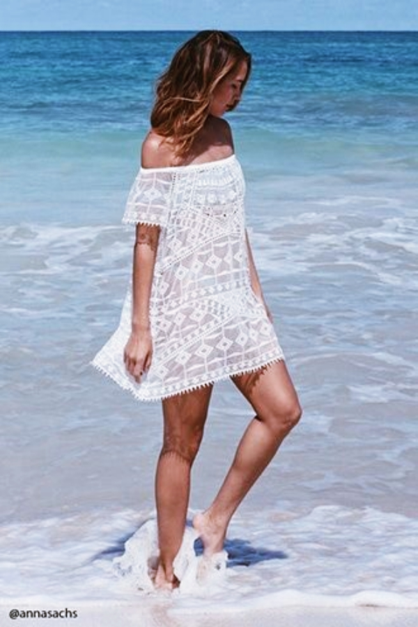 Trending-Summer-Beach-Outfits-that-are-Cool-AF